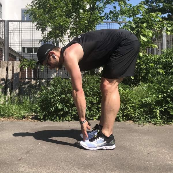 Dehnübung hinterer Oberschenkel