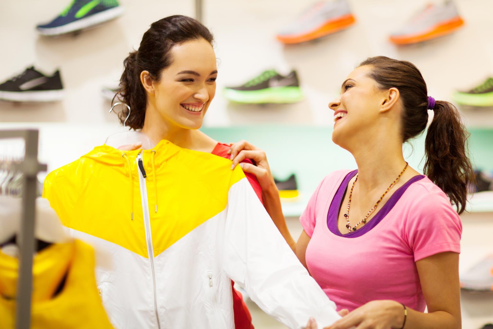 Auswahl an Sportbekleidung