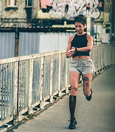 CEP Thank Us Later Laufen im urbanen Umfeld mit Compression Run Socks 3.0