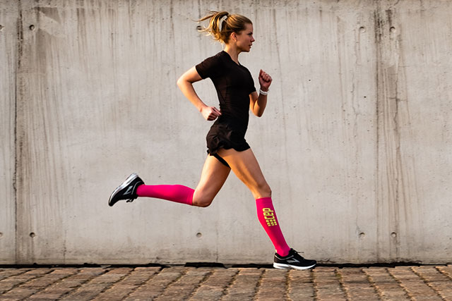 Run on deals with Run Ultralight Socks in Electric Pink