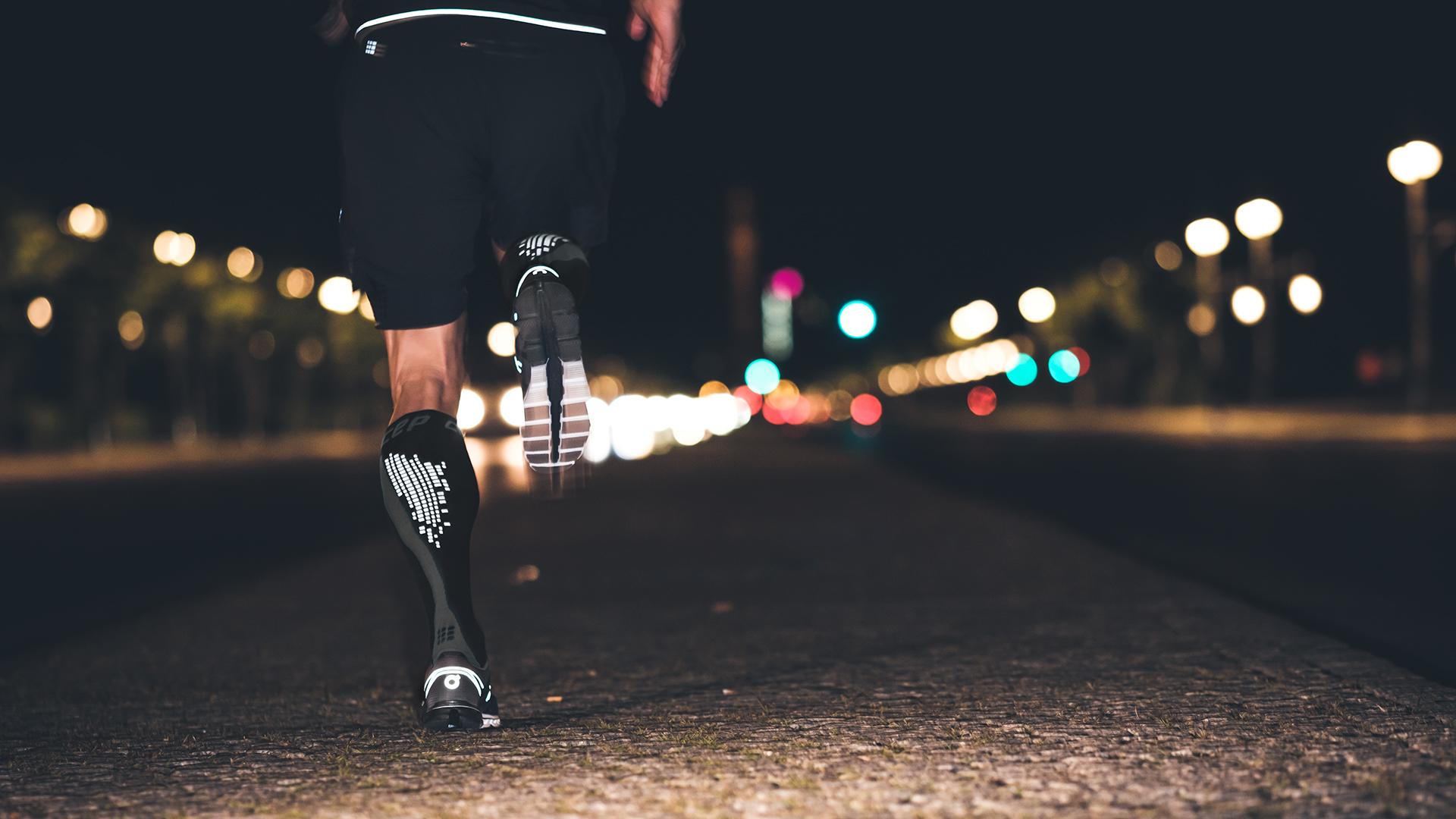 Run Fast – Stay Visible | Nighttech Socks